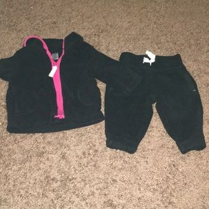 Carter's baby sweatsuit set